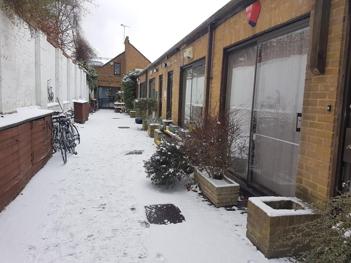 Snow in the office mews, Putney Common